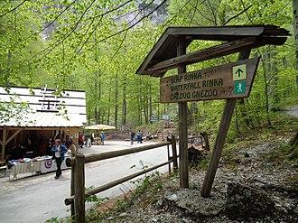 Rinka Falls - Rinka Falls guide sign