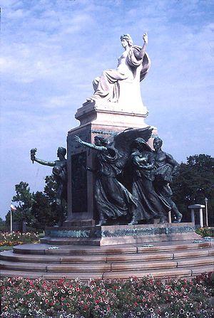 Evelyn Beatrice Longman - Sen. William Boyd Allison Monument (1916), Des Moines, Iowa.