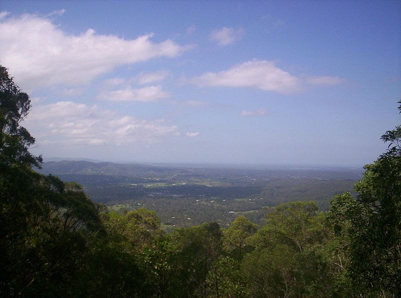 File:Looking-towards-Glass-House-Mountains-from-Camp-Mountain.jpg