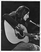 Lotti Golden performing, Nashville, Tenn., 1971 text