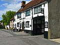 Ludgershall - The Queens Head - geograph.org.uk - 812426.jpg
