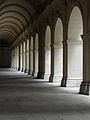 Lyon (69) Palais Saint-Pierre Cloître 06.JPG