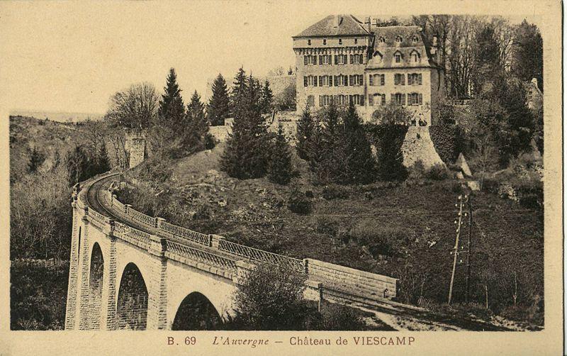 File:MADOUX B69 - L'Auvergne - Chateau de Viescamp.JPG