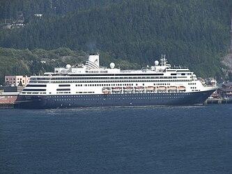 MS Volendam in Ketchikan, Alaska.jpg