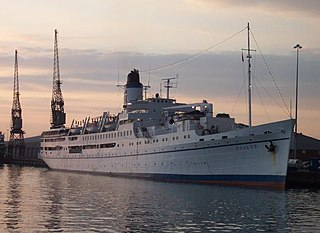 MV Doulos 2004 at Southampton.jpg