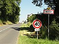 Maizy (Aisne) city limit sign.JPG