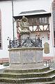 Marktbreit, Kriegerdenkmal vor Kirche-001.jpg
