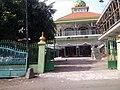 Masjid Jami' Thoriqul Jannah, Jasem, Ngoro, Mojokerto - panoramio.jpg