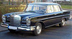 Mercedes-Benz W111 Ilmenau.jpg