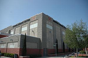 Mater Dei High School (Santa Ana, California) - MerueloGym