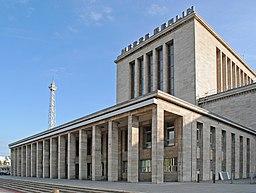 Messe Berlin mit Funkturm 2