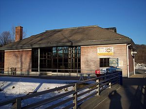 Metro-North Station Bethel CT.jpg