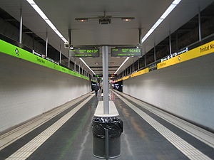 Barcelona Metro line 4 - Trinitat Nova metro station: lines 4 and 11