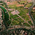 Minar e Pakistan, Lahore. Aerial view.jpg