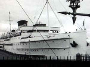 SS Mona's Queen (1934) - Mona's Queen pictured at the Pier Head in the 1935 film No Limit.