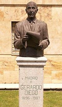 Monumento a Gerardo Diego.jpg