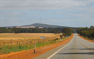 Albany Highway - Two-lane highway section near Mount Barker