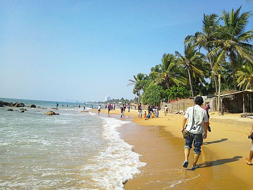 Mount Lavinia Beach in Sri Lanka