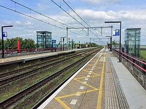 NS Train Station Nieuw-Vennep.jpg