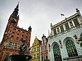 Neptune's fountain in Gdansk.jpg