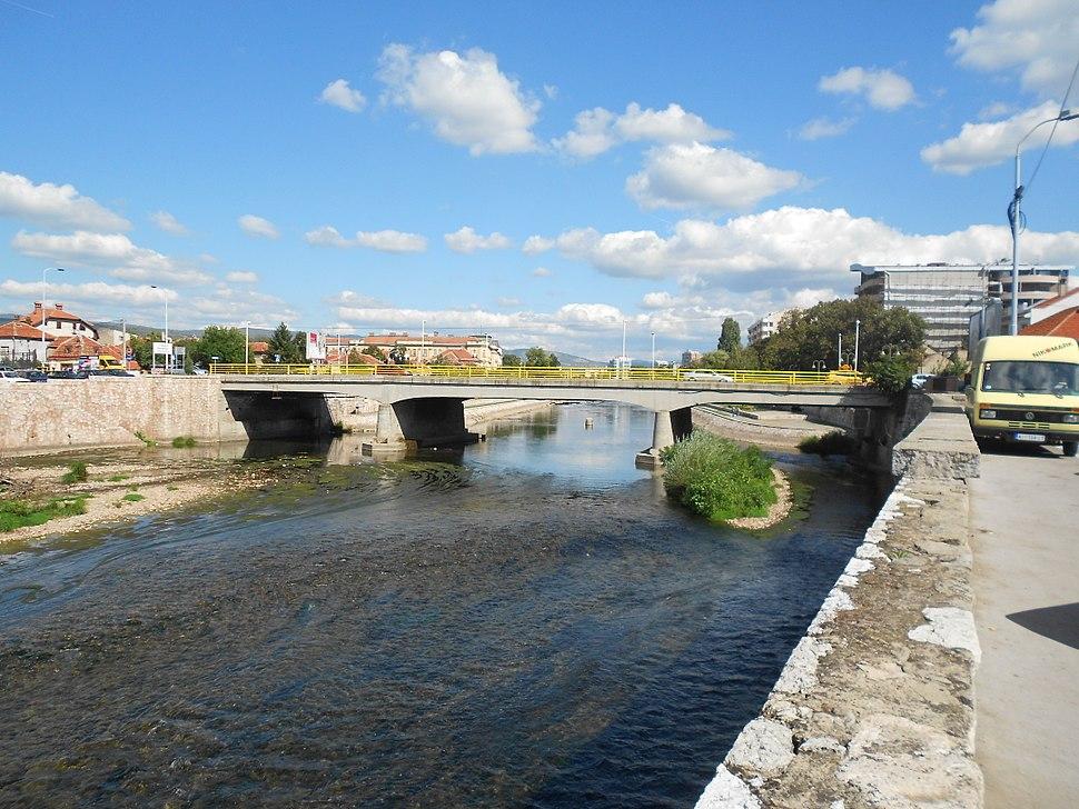 Nis Kameni most
