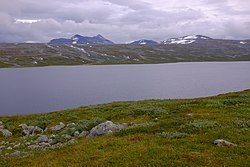 Nordre Bjøllåvatnet and Ørfjellet in the background.jpg