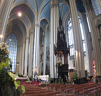 Church of Our Lady of Laeken - Image: Notre Dame De Laeken Inside 2