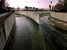 Origin of the Los Angeles River in Canoga Park.jpg