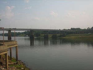 Ouachita Parish, Louisiana - The Ouachita River separates Monroe from West Monroe near the parish courthouse.