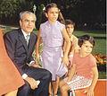 Pahlavi-family.jpg