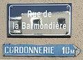 Panneau rue de la Barmondière (Villefranche-sur-Saône) et panneau cordonnerie.jpg