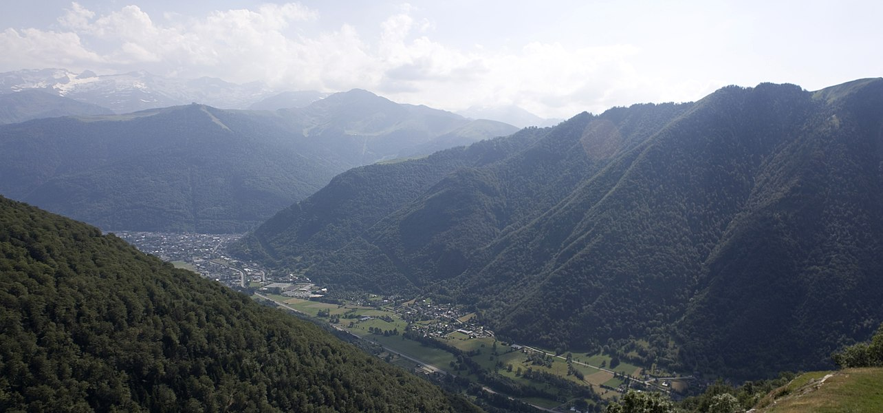 English:  Panorama of the Pyrenees, view to Bagneres de Luchon.