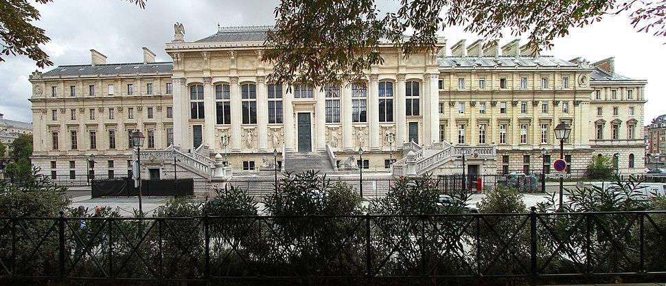 Paris-Palais de Justice-102-Rue de Harlay-2017-gje