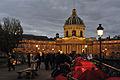 Paris pont des Arts camp de soutien aux mal-logés 4.jpg