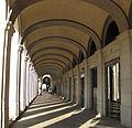 Passeig d'Isabel II, 2-6, porxo.jpg