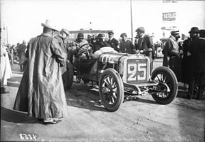 Paul Baras - Image: Paul Baras in his Brasier at the 1908 French Grand Prix at Dieppe