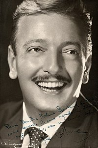 Pepe Cibrián by Annemarie Heinrich, c. 1948.jpg