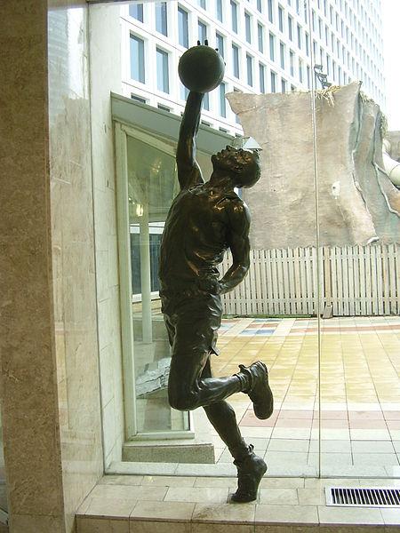 פסל כדורסלן