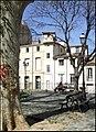 Place de la Canourgue, Montpellier (7044876369).jpg