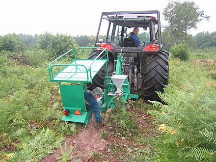Machine for industrial plantations - Plantation