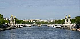 Pont Alexandre III depuis Pont de la Concorde Paris.jpg
