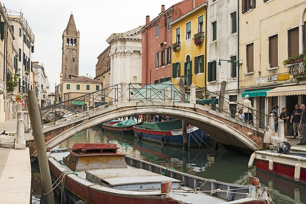 Italy Travel Books Reviews