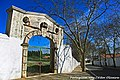 Porta do Nó ou Porta da Vila - Vila Viçosa - Portugal (12342946575).jpg
