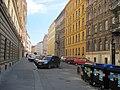 Praha, Koubkova - panoramio.jpg