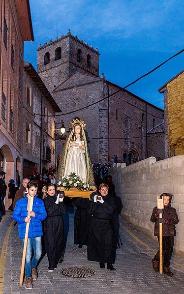 File:Procesión del Santo Entierro del Viernes Santo, Ágreda, Soria, España, 2018-03-29, DD 31.jpg
