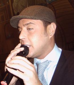canzone raffaello cantante napoletano