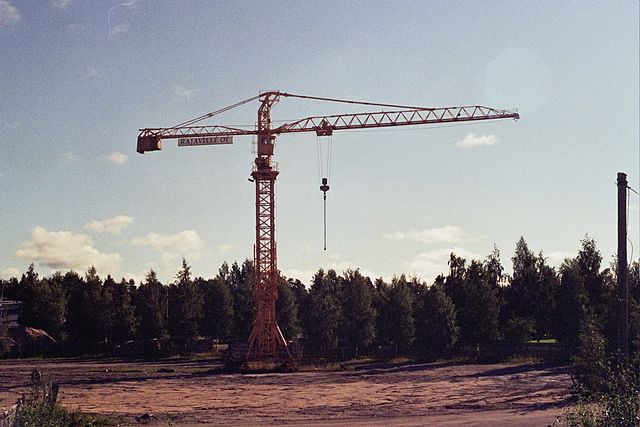 File Rajaville crane in Alppila, Oulu 2008 001 jpg  Wikimedia Commons