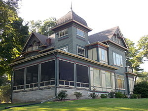Prospect Park Historic District (Davenport, Iowa) - Ralph Lindsay House