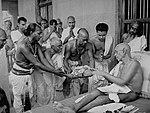 Ramana-Maharshi-devotees.jpg