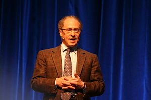 Picture of Ray Kurzweil giving a speech